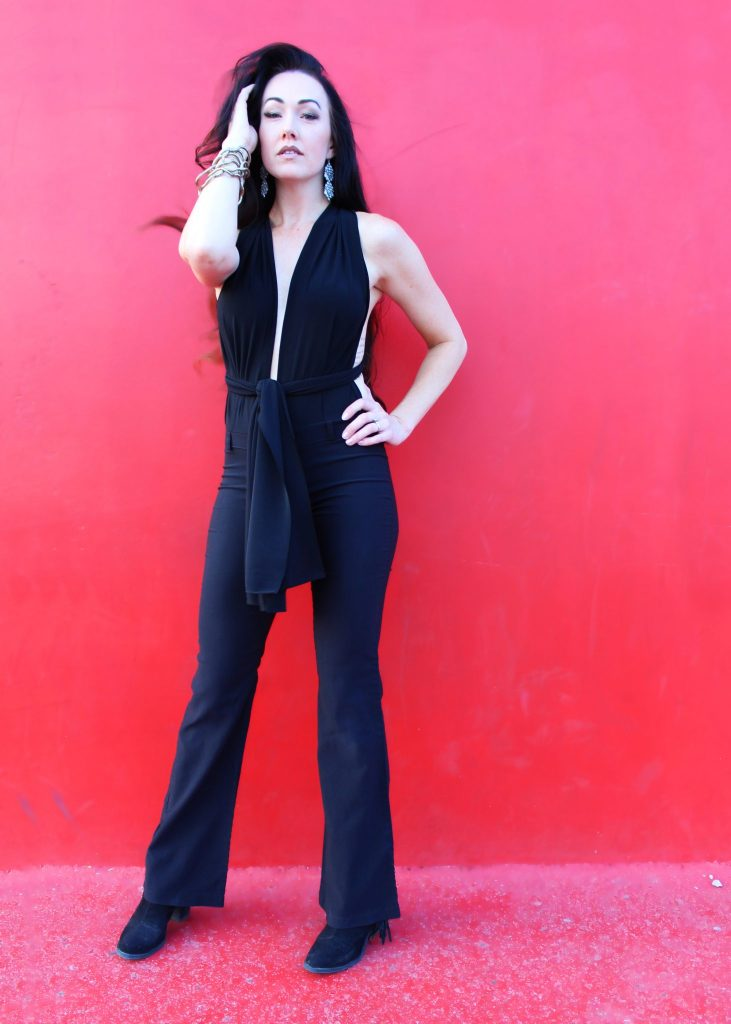 How to make a convertible jumpsuit from any pair of pants