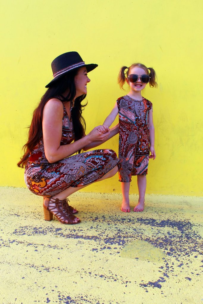 How to make DIY matching mommy and me fashion tee shirt dresses .