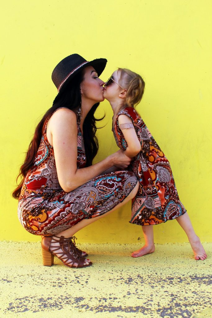 How to make DIY matching mommy and me t shirt dresses