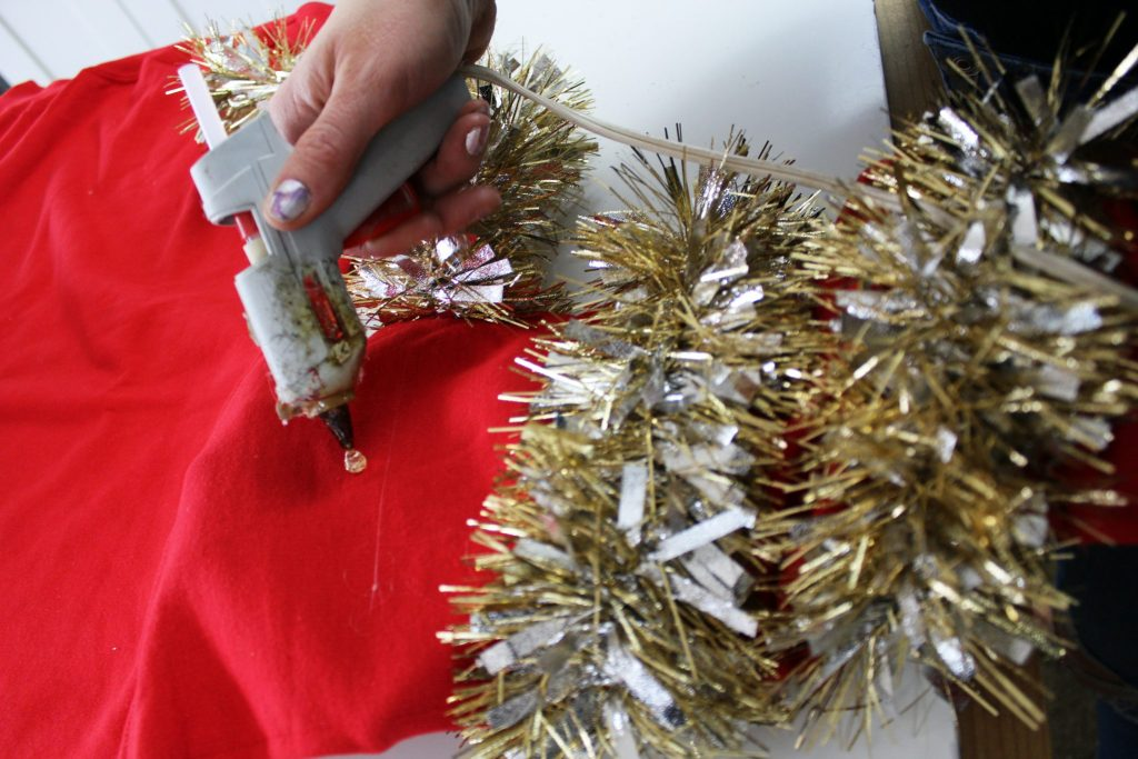 How to diy an ugly Christmas Sweater