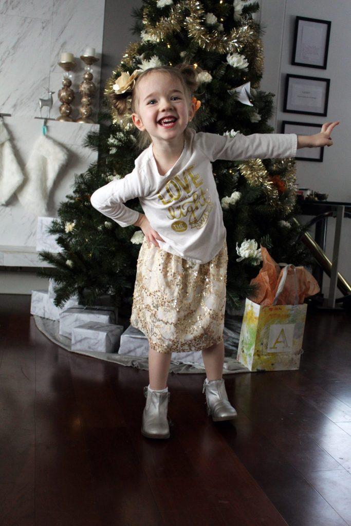How to make a pull on elastic sequin skirt for little girls