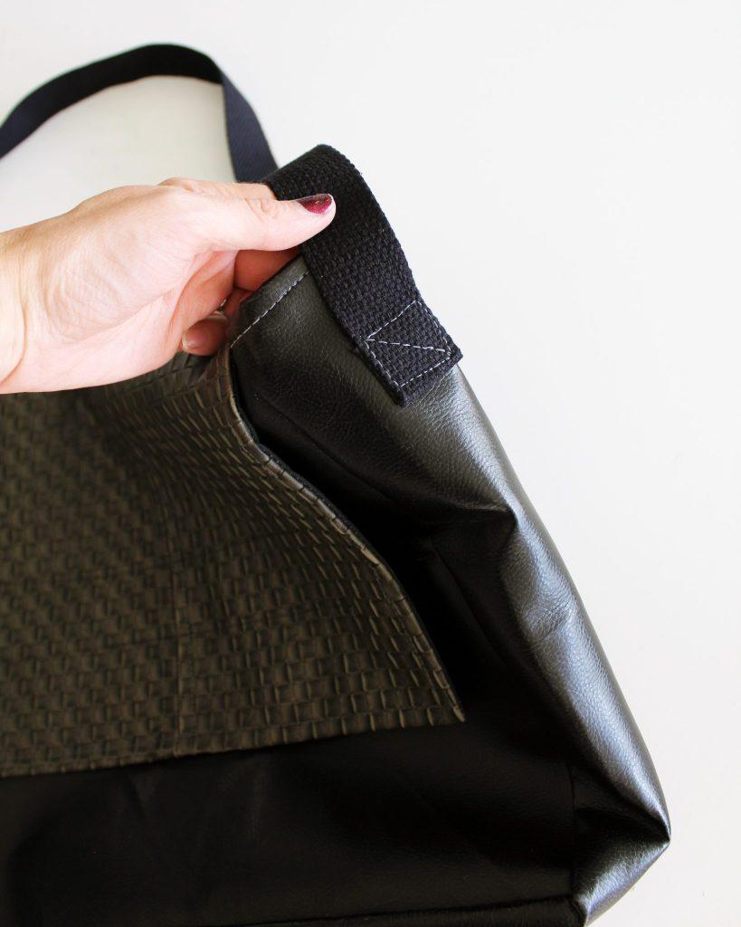 Canvas DIY Messenger Bag instructions 16