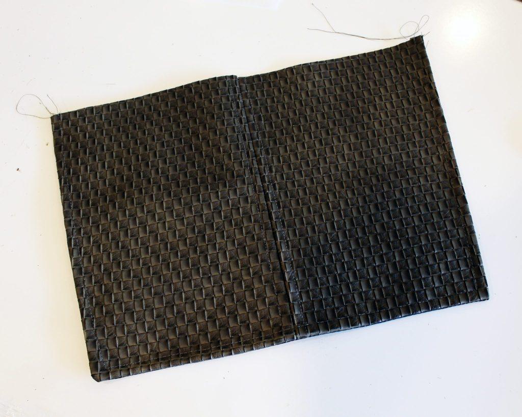 Canvas DIY Messenger Bag instructions 7