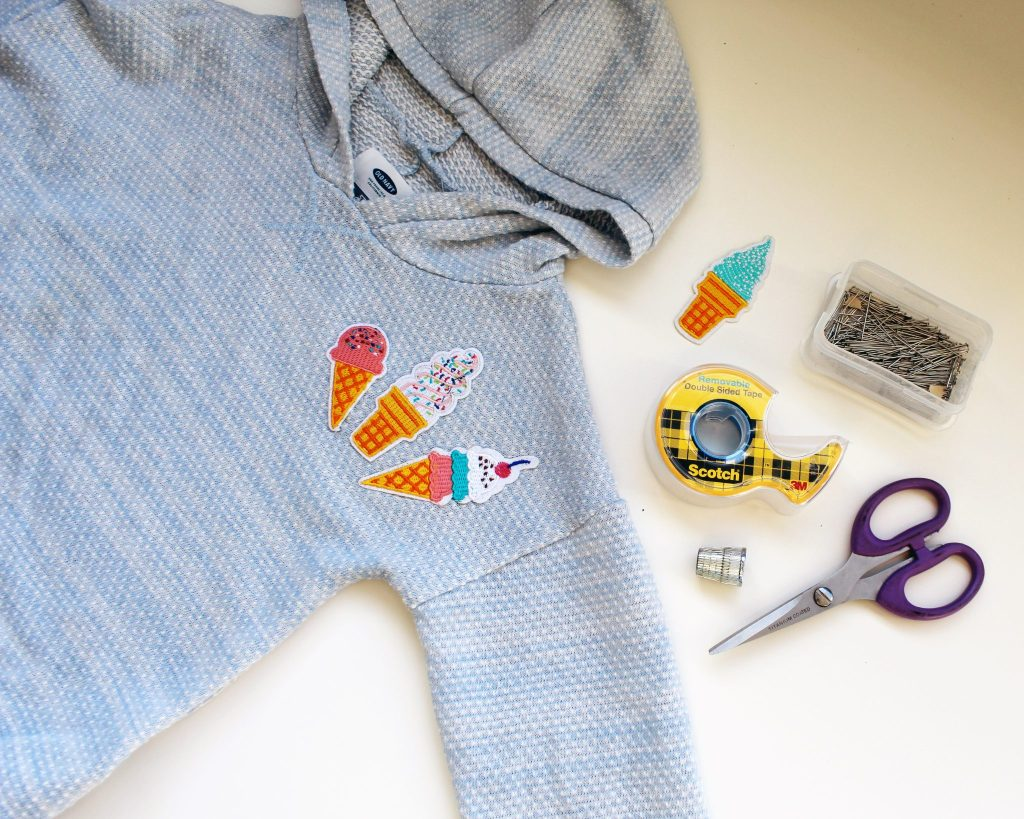 How to sew on a patch 5