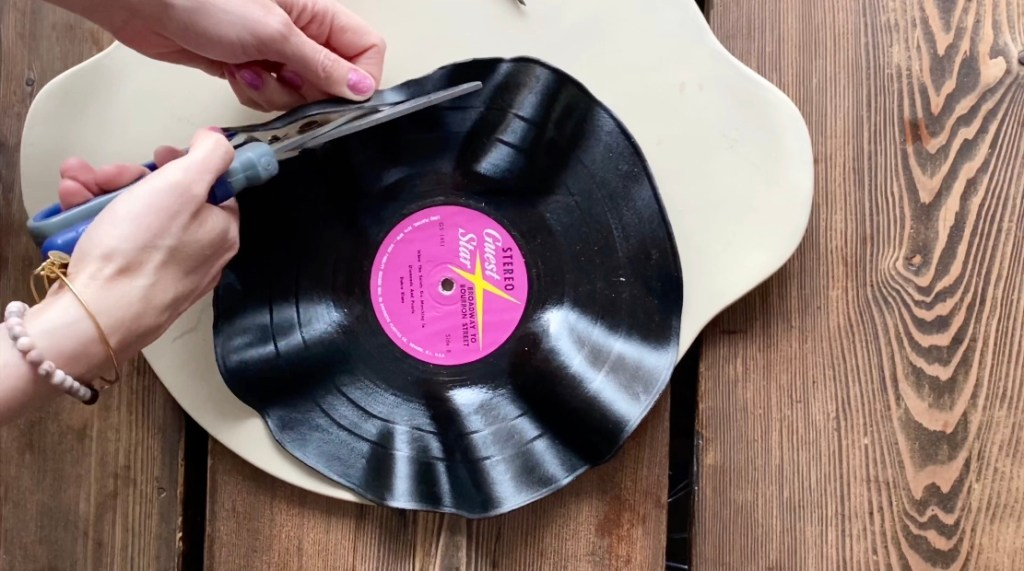 DIY Vinyl Record Recycled Jewellery