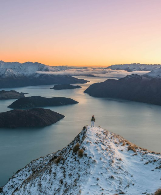 Sunrise on top of Roys Peak, New Zealand