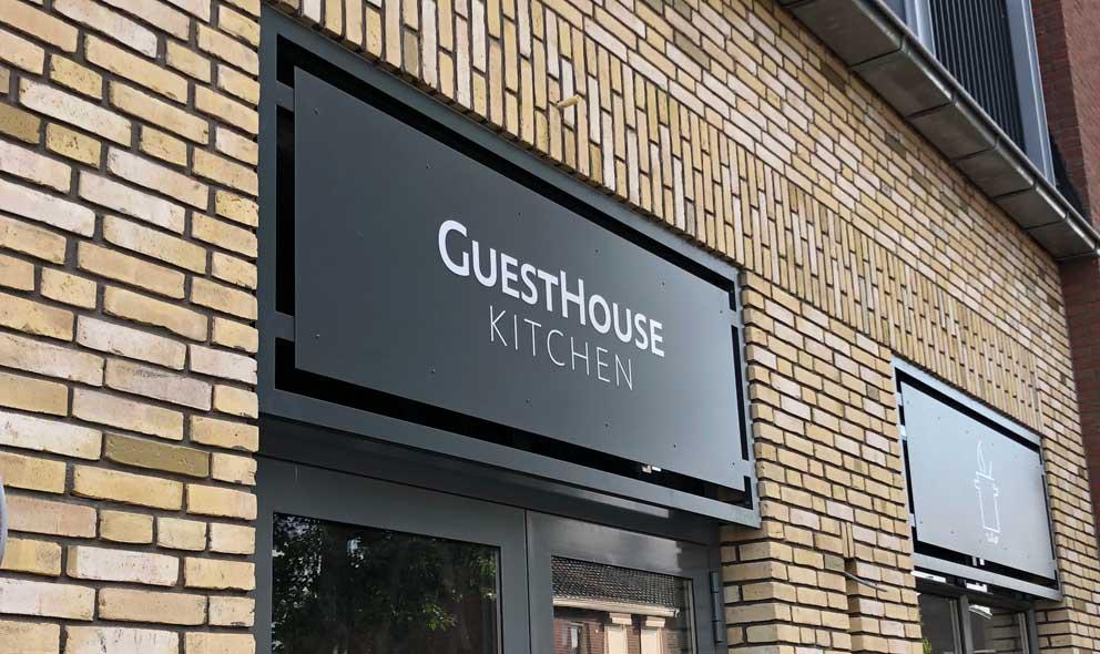 Guesthouse hotel buitengevel keuken