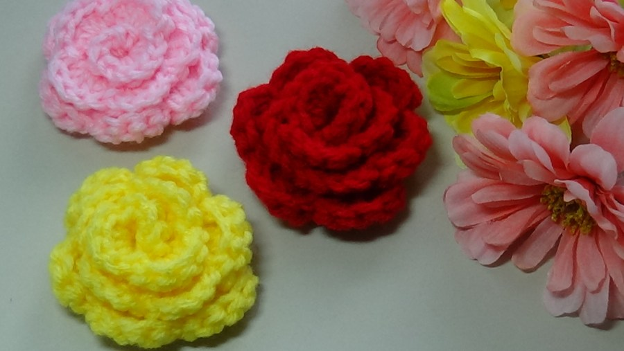 # CF-2 Quick and Easy Crochet Rose
