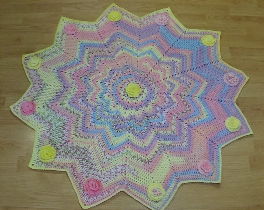 12 pointed star roses baby afghan