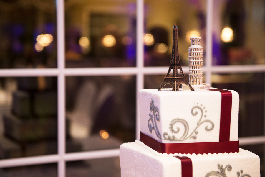 Unique cake topper of Eiffel tower and Leaning Tower of Pisa