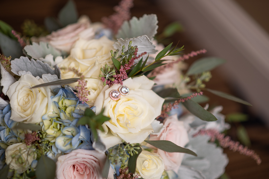 Close up of the bridal bouquet