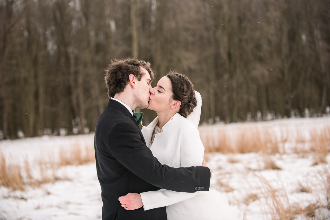 Snowy Wedding session