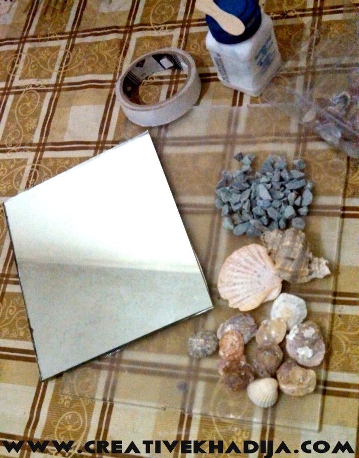 shells decorated mirror