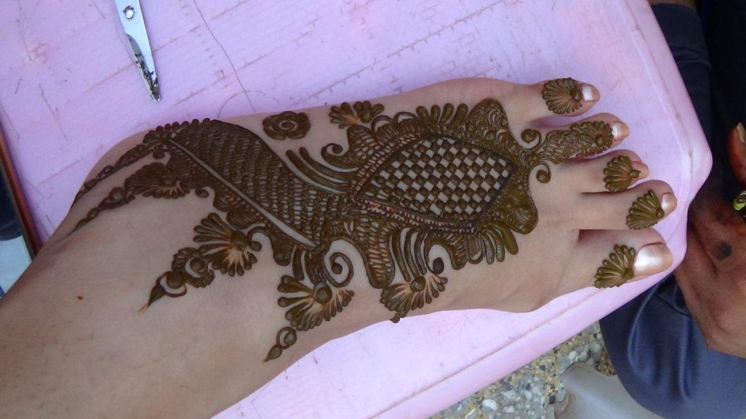 complex feet henna design