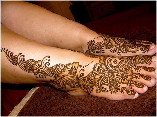 traditional-henna-design-for-feet