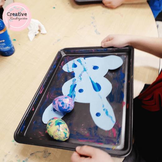 Easter egg marble painting art activity for kindergarten.
