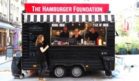 The Hamburger Foundation offers classic burgers, fries and New York cheesecake.