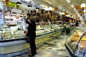 La Halle de Rive has numerous dairy merchants offering an excellent selection of cheeses, milk, and yogurt.