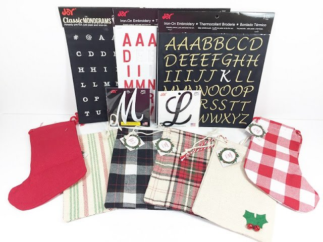 Supplies Needed for Holiday Gift Bags #creativelybeth #30minutecrafts #personalizedgiftbags #christmascrafts