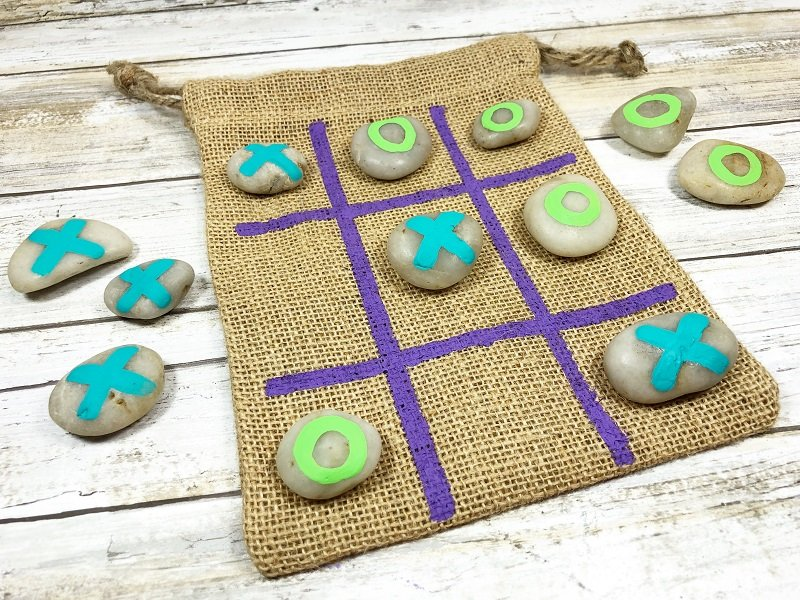 Create a DIY Travel Tic Tack Toe Game with Creatively Beth for Craft Lightning