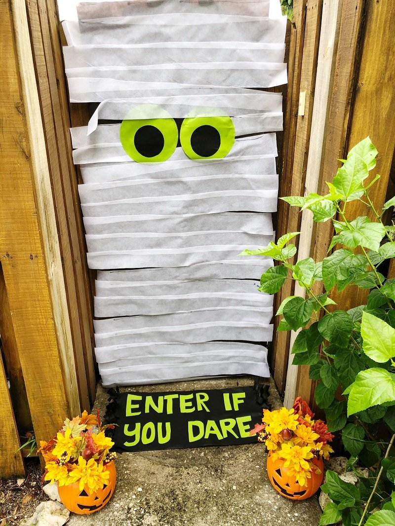 Creatively Beth Easy Halloween Mummy Door with Oly Fun