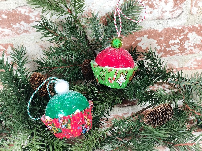 Dollar Tree Christmas Cupcake Ornaments #creativelybeth #dollartreecrafts #christmascrafts #christmascupcake