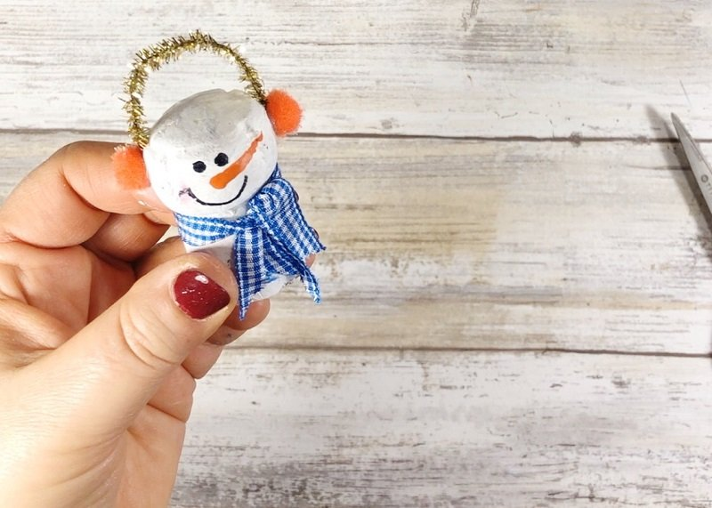 Add a Ribbon Scarf - Creatively Beth #creativelybeth #corkcrafts #snowmencrafts #recycled #dollartreecrafts