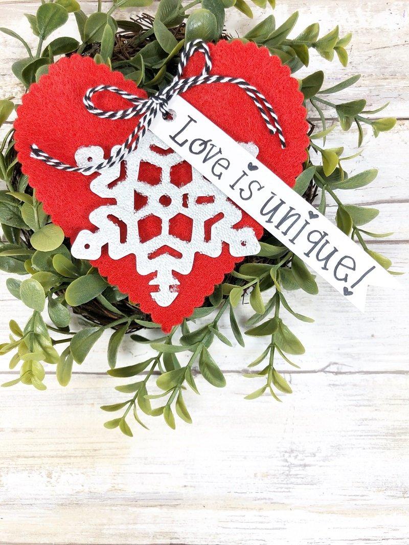 Glittery Art Abandonment Hearts with Fairfield World by Creatively Beth #creativelybeth #fairfieldworld #artabandonment #glittercrafts #heartcrafts #kindnesscrafts