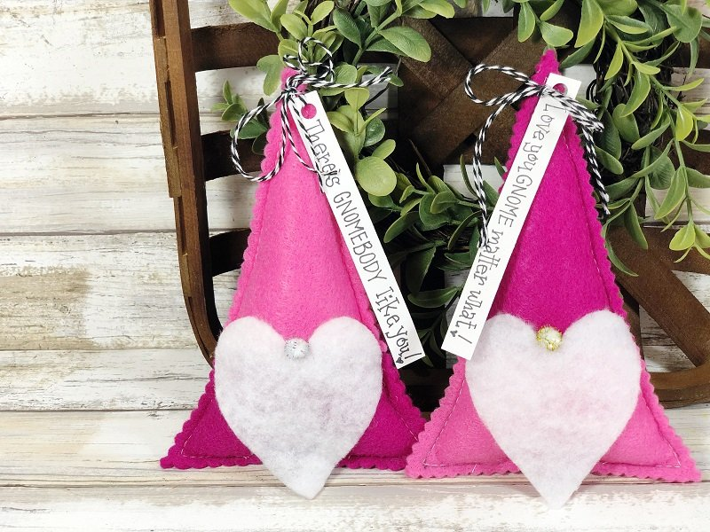 Quick and Easy Valentine's Day Gnome Stuffies with Fairfield World Creatively Beth #creativelybeth #polyfil #gnomes #stuffies #valentinesdaycrafts