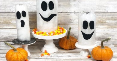 Recycled Bottle Halloween Ghosts by Creatively Beth #creativelybeth #creativecrafts #recycledcrafts #halloweencrafts