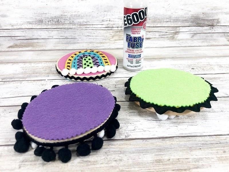 Boho Rainbow Embroidery Hoop for Fun Travel Crafts by Creatively Beth #creativelybeth #boho #rainbowcrafts #embroidery #createwithkunin #feltcrafts