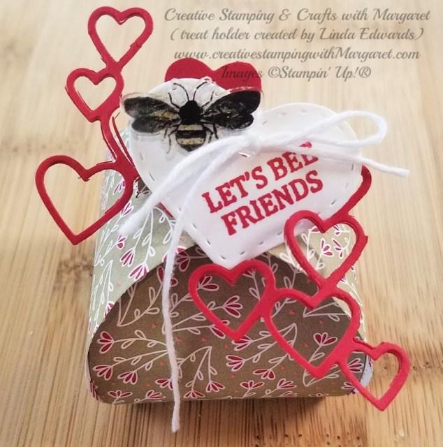Valentine Mini Curvy Keepsake holder