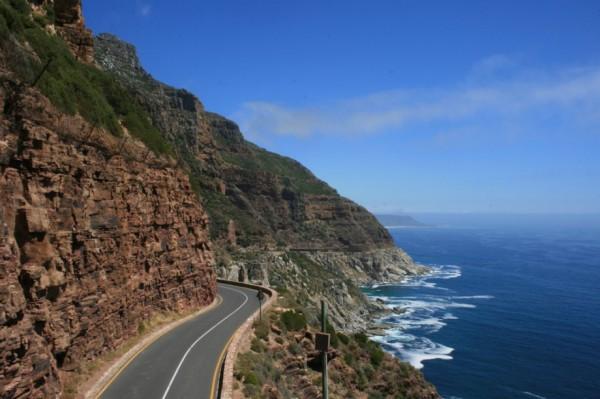 beautiful-roads-around-the-world-10
