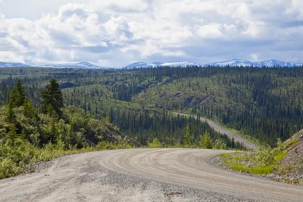 beautiful-roads-around-the-world-12