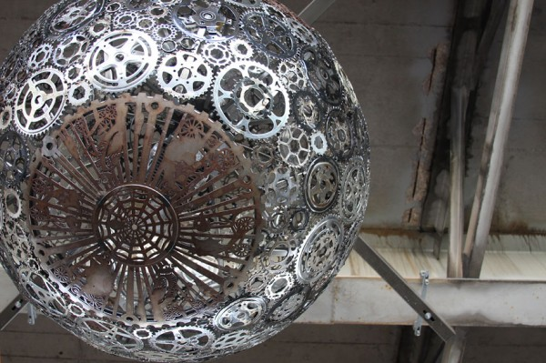 recycled-bike-part-chandeliers-8