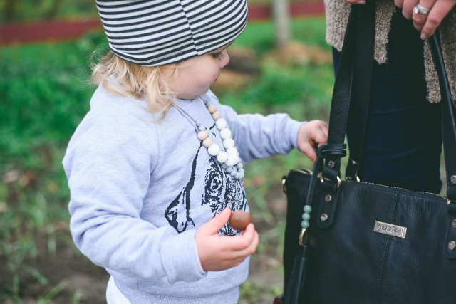 Lily and Jade bag & Glitter and Spice giveaway style post | E Fraser Photography