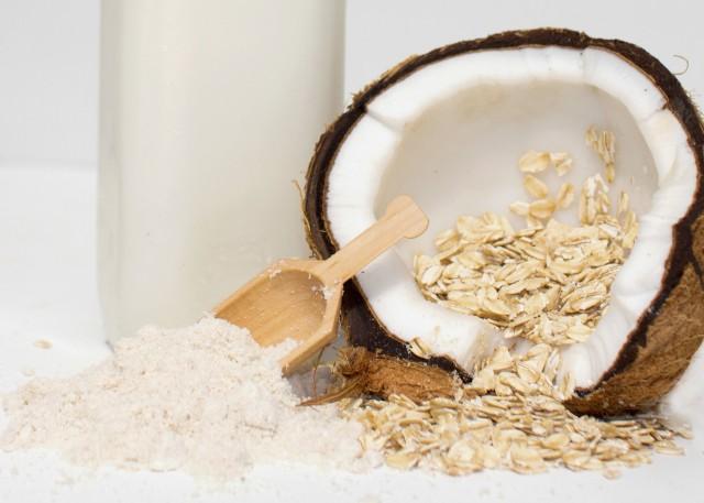 Bebe De Luxe product photo - Coconut Milk Bath