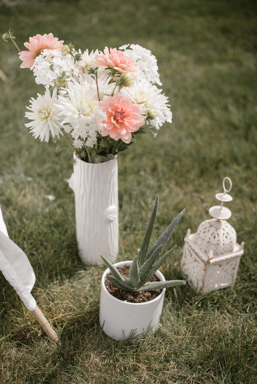 Flower Arrangements for backyard boho meet the baby shower | White Boho Baby Shower