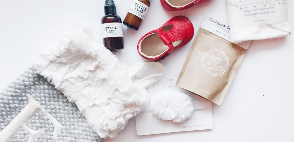 Stocking Stuffer ideas and faux fur stockings | Gift ideas for Moms, Dads and Babys