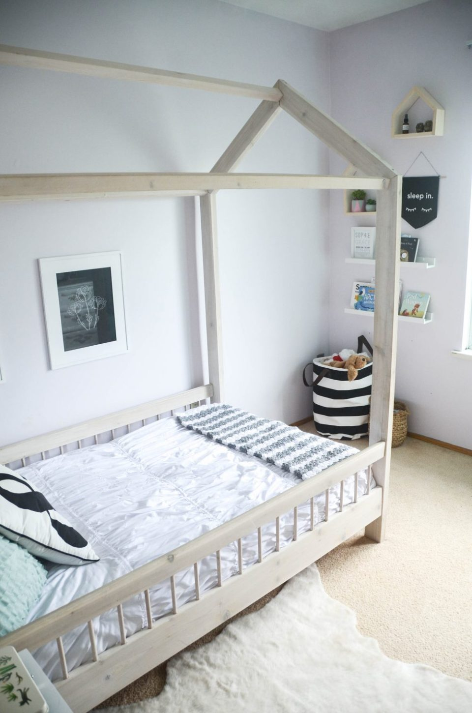 House Bed & Black and White Storage Tote in Geo Floral Themed Big Girl Bedroom