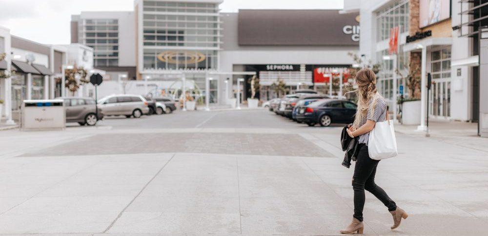 5 Social Media and Branding Tips   Monochrome Spring Syle   Women's Fashion