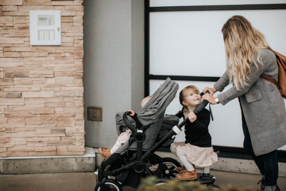 Single and Double Stroller Review | Bugaboo Donkey2 // View More: http://juliechristinephotos.pass.us/bugaboo