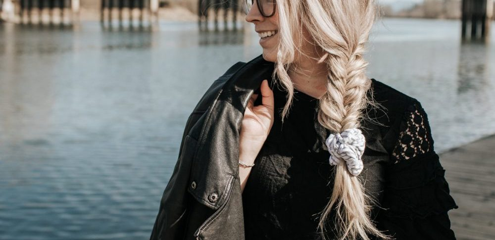 How to Style a Hair Scrunchie