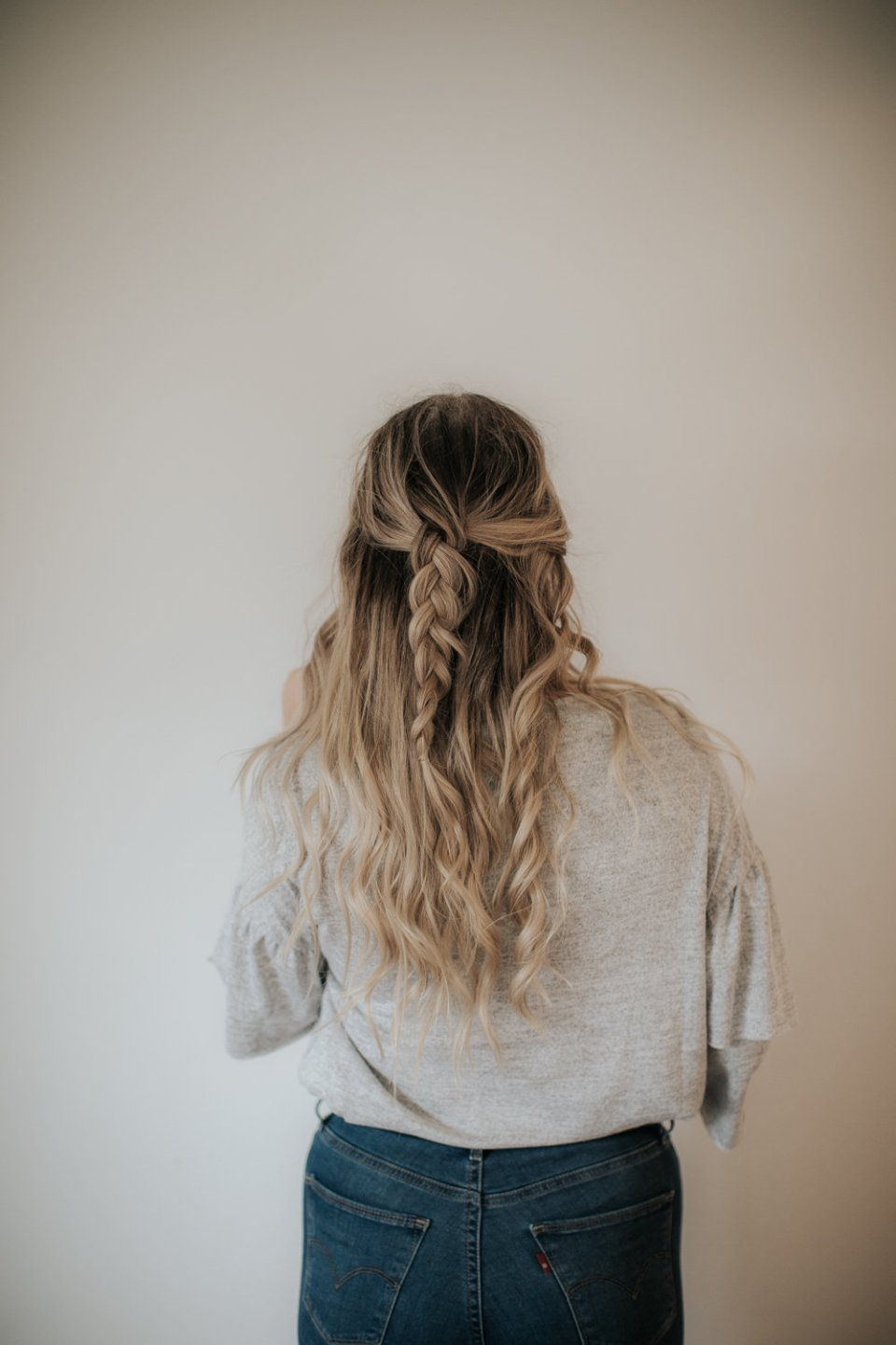 3 Simple Long Hair Style Ideas