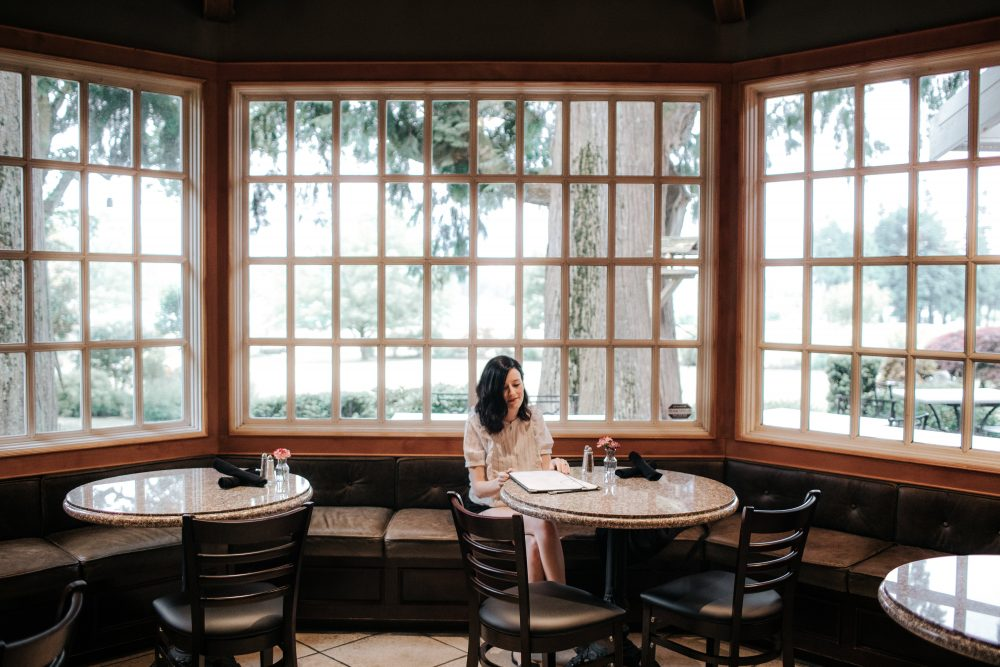 Rowena's Inn on the River & Sandpiper Resort Clubhouse Restaurant | 10 Things to do Near Harrison Hot Springs