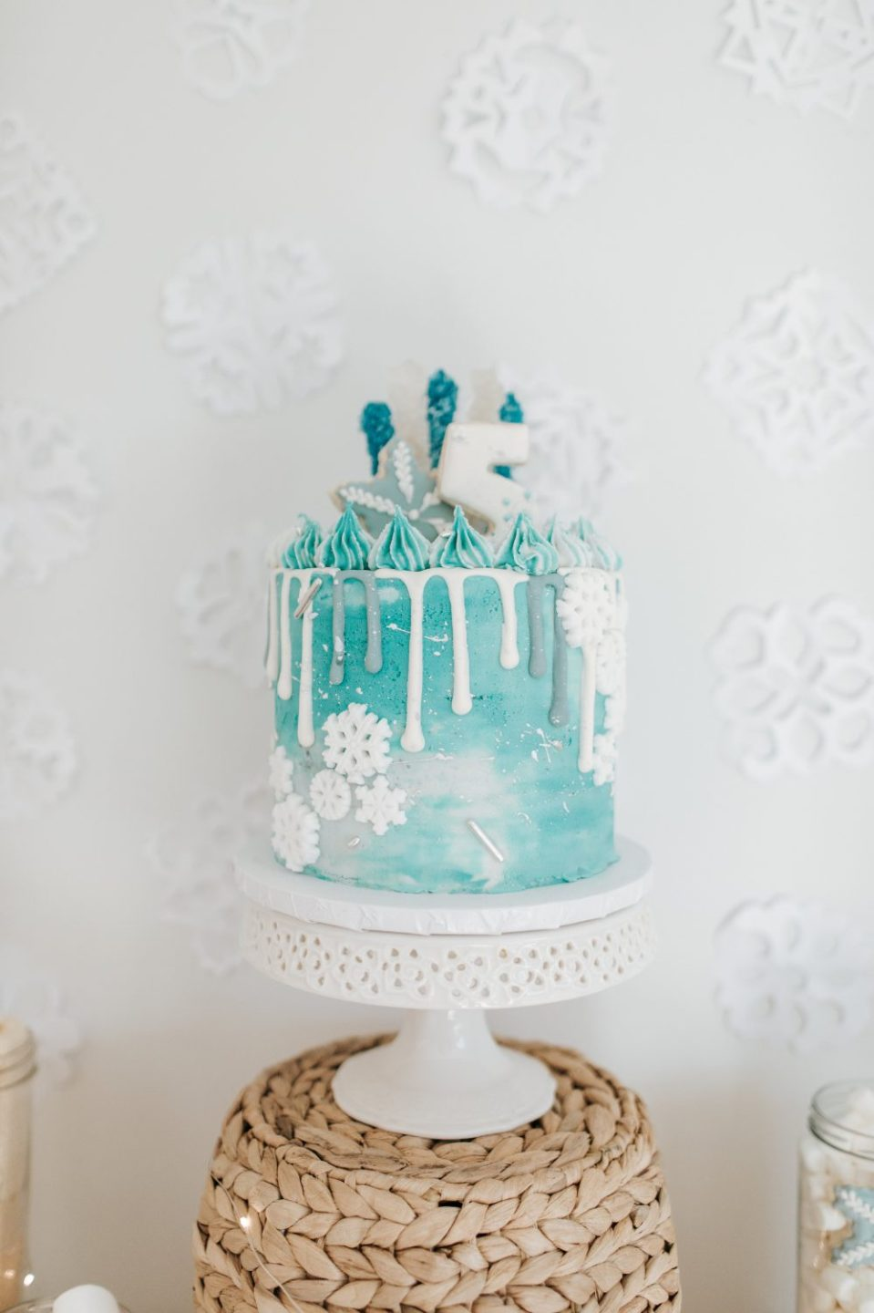 Fabulous Frozen Themed Birthday Party Decorations Personalised Birthday Cards Rectzonderlifede