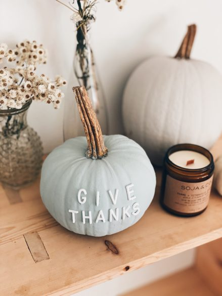 Easy DIY Pumpkings for your Thanksgiving Home Decor