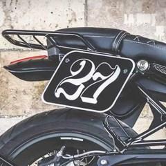 Plaques latérales avec numéro en aluminium + supports SW Motech pour BMW Nine T