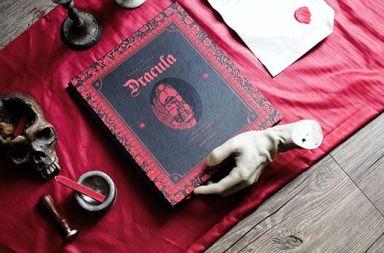 dracula cover book design