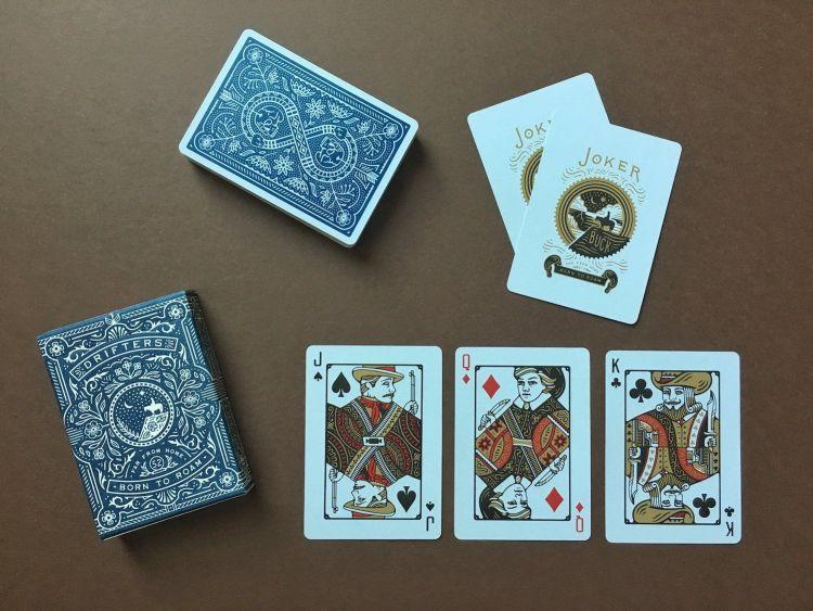 diseño de barajas de cartas